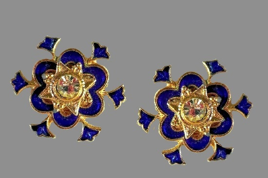 Blue enamel gold tone metal clear rhinestone snowflake clip earrings