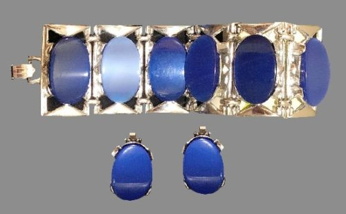 Blue lucite bracelet and earrings