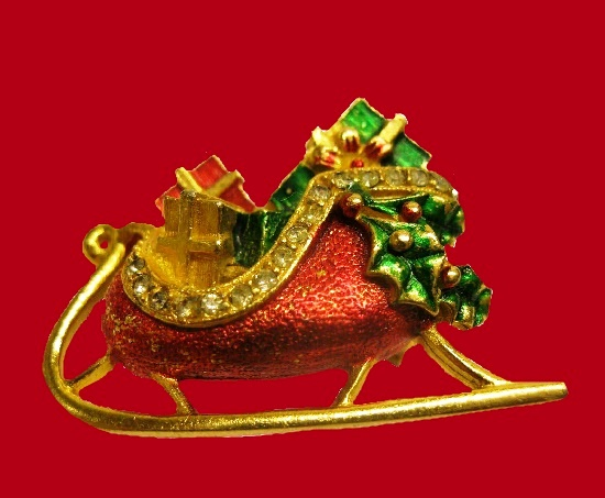 Christmas Sleigh Pin. Gold tone textured metal, rhinestones