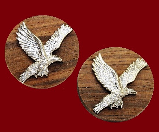 Eagle on wood cufflinks