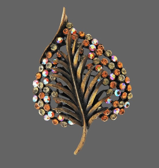 Leaf pin. Jewelry alloy, Aurora Borealis Crystal