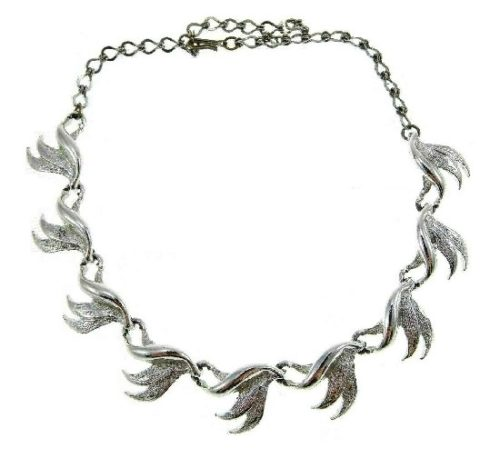Silver tone leaf necklace