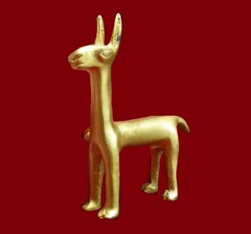 Vintage llama brooch, gold plated. 4.7 cm