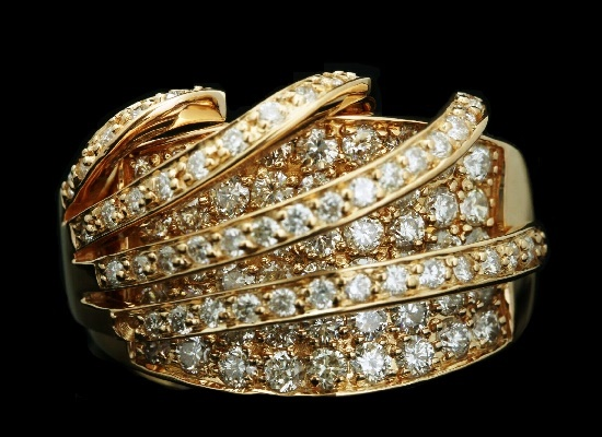 3D design ring. 18K Rose gold, 3.1 ct diamond