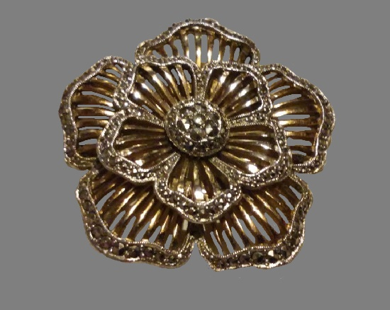 Anemone rhodium plated marcasite brooch pin. 1950s