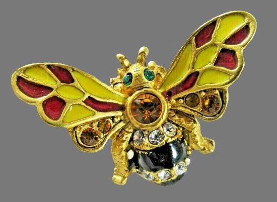 Bumble Bee brooch. Gold tone metal, enamel, rhinestones, crystals