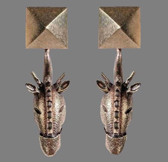 Giraffe earrings. Antique gold rose-finish brass