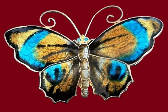 Gorgeous butterfly brooch. 6 cm. Sterling silver, enamel
