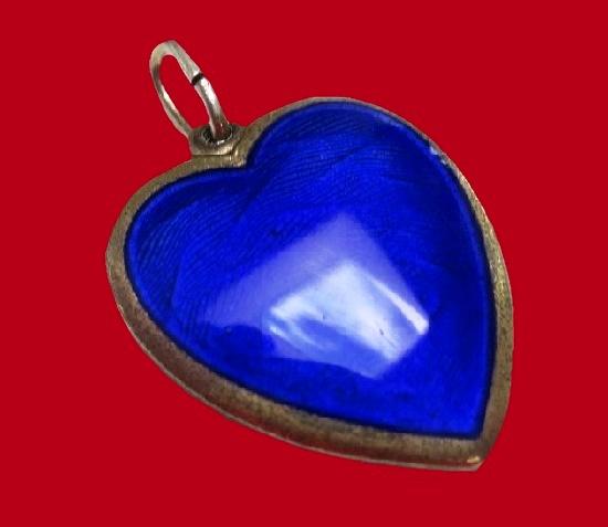 Heart locket pendant. Sterling silver, blue enamel