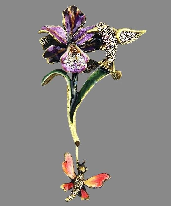 Humminbird on the orchid brooch. Gold tone, Swarovski crystals, rhinestones, enamel