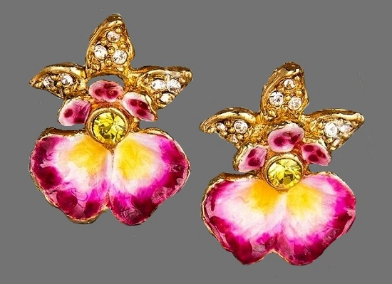 Orchid stud earrings. Carved metal, 18K gold plated, Swarovski crystals