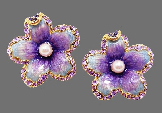 Purple flower earrings. Gold plated, enamel, Swarovski crystals