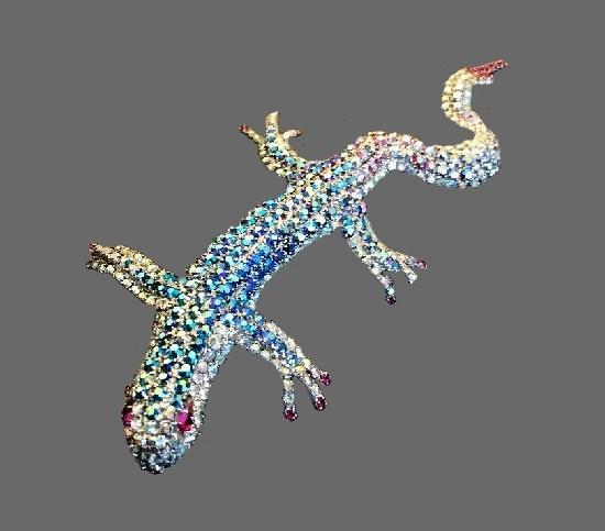 Salamander vintage brooch pin.