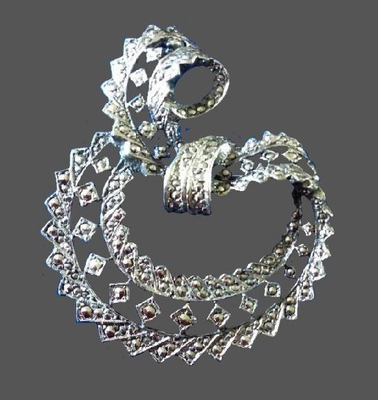 Vintage marcasite silver tone brooch