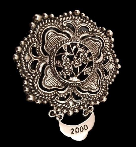 2000 Millenium Dress Scarf Clip Pin Brooch. Silver Tone, made for Neiman Marcus