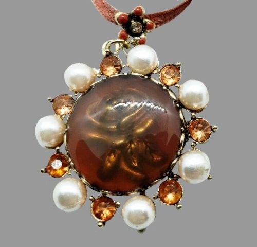 Carved Rose pendant. Gold tone metal, amber color crystals, faux pearls