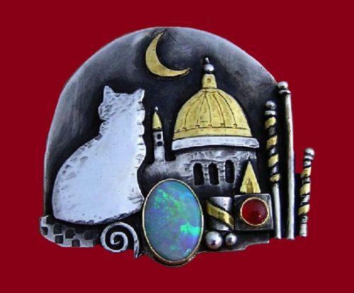 Cat in Venice brooch- pendant 2018. Silver, gold, Mintabie black opal, carnelian