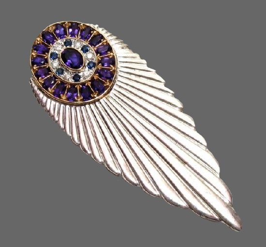 Celestial theme brooch