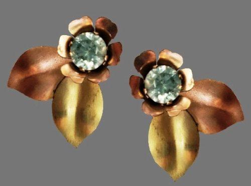 Charming flower earrings. Stamped 10k gold filled HI