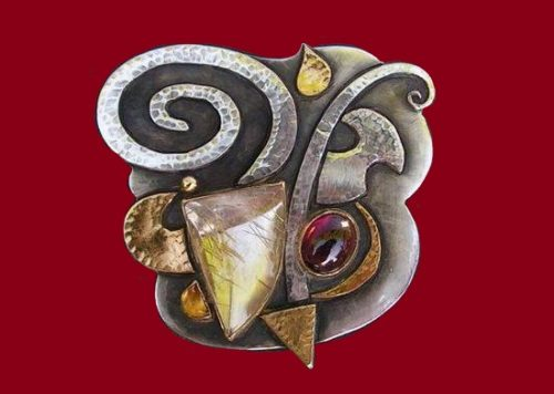 Chevalier 2008 brooch pendant. Silver, gold, rutilated quartz, citrine, garnet