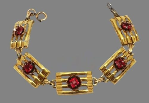 Gold filled garnet glass bracelet