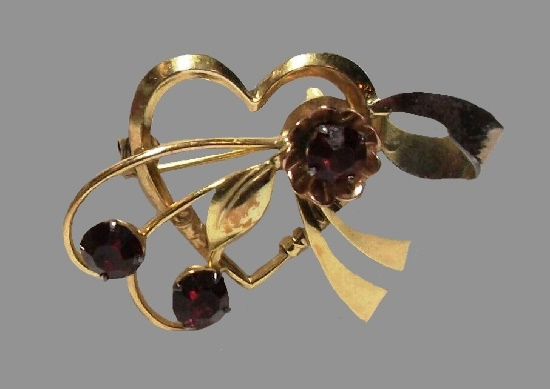 Heart and flower with a bow brooch pin. Gold filled, rhinestone, 1940s
