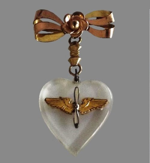 Lucite and gold heart dangle pendant brooch