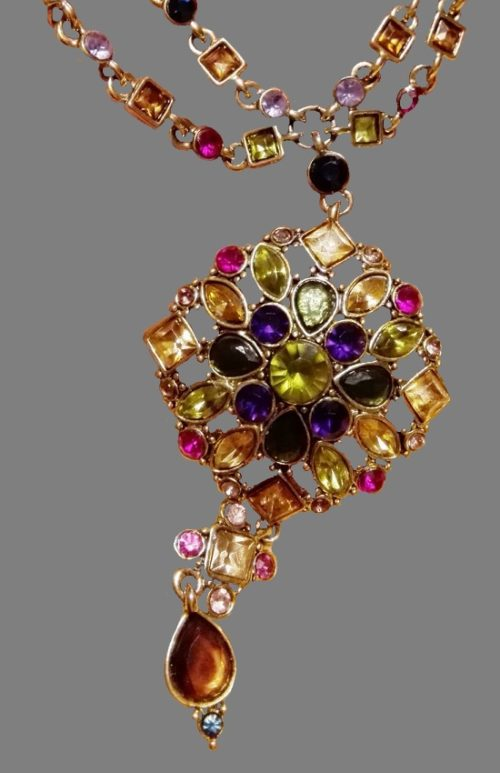 Pendant necklace. Gold tone metal, crystals. 1980s