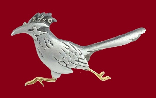 Road Runner pewter brooch