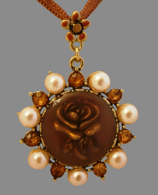 Rose cameo pendant necklace. Faux pearls, brown topaz color stones