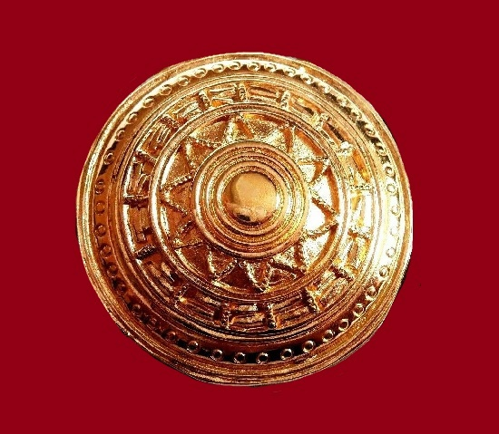 Round Aztec Design brooch, gold plated, 1980s