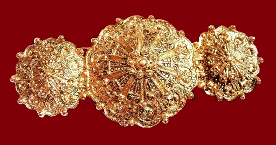 Vintage brooch, gold plated. 1980s