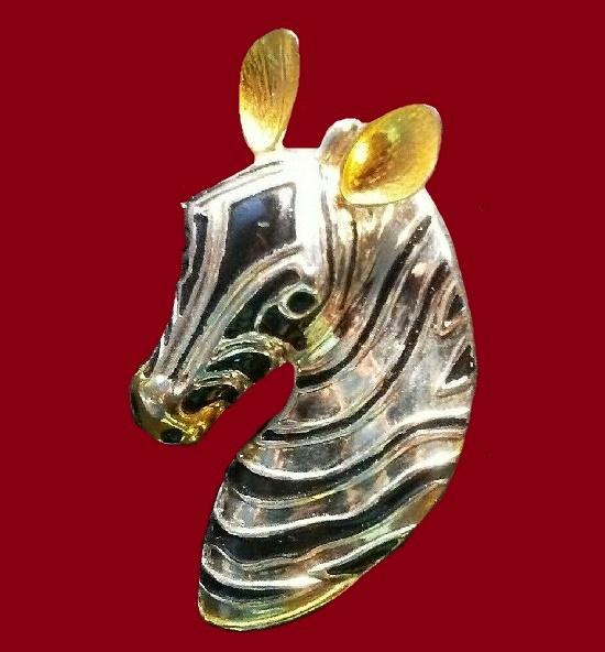 Zebra brooch, silver plated, 24 K gold
