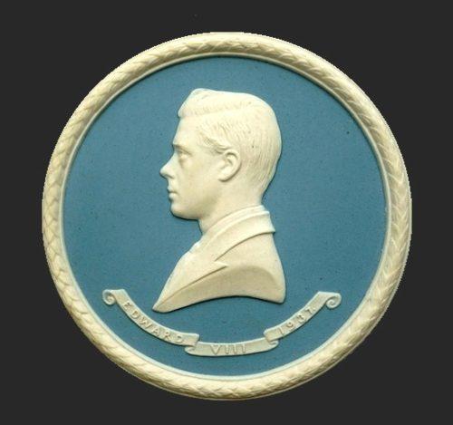 Bas-relief of Edward VIII (1894 - 1972) in profile, pendant. 1937