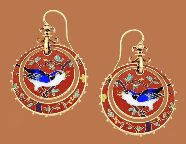 Bird in the tree red earrings, Japanese motif
