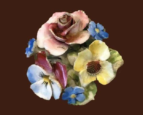 Bouquet of flowers brooch. 1950s