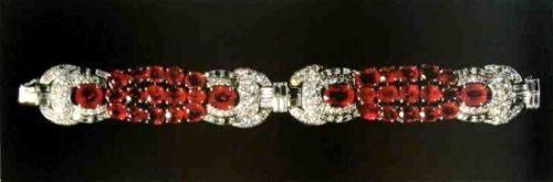 Bracelet with rubies and diamonds. 1930-1935. Paris