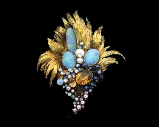 Brooch with opals, citrine, pearls and diamonds. 1960's. Pay attention to the stylized floral design and the stones placed in a curious color combination