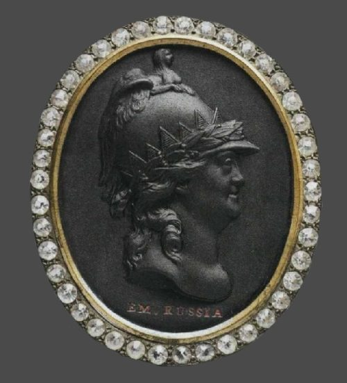Catherine II, Empress of Russia, oval cameo with the portrait of the Empress, decorated with diamonds