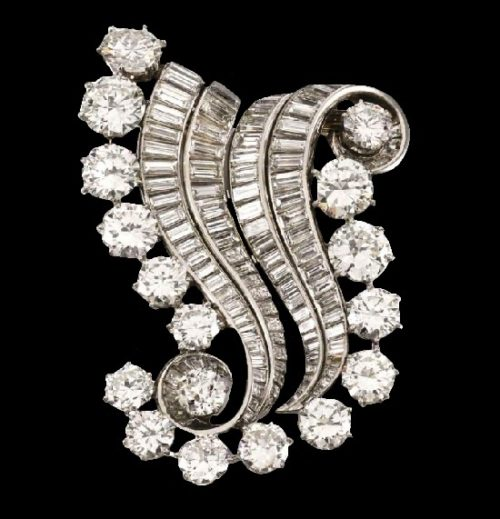 Diamond double-clip brooch