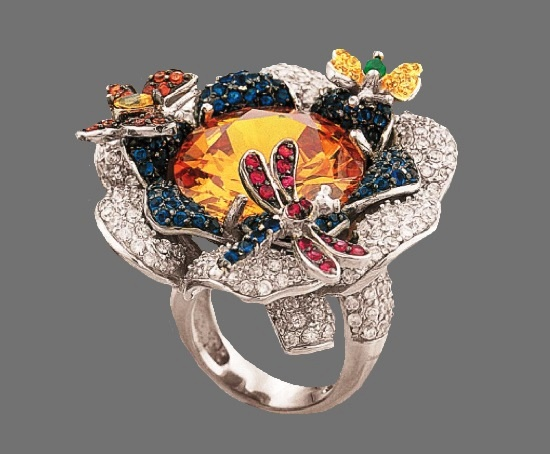 Dragonfly on a flower gorgeous ring. Diamonds, garnet, citrine