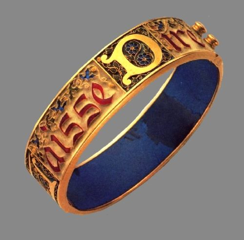 Engraved Falize ring