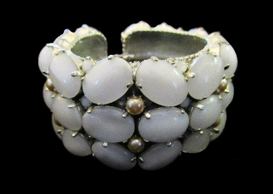 Moonstone and pearl bracelet