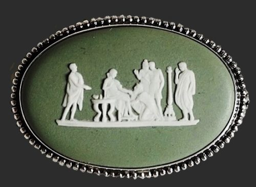 'Olympia' cameo brooch, 1969. Biscuit porcelain, stucco molding, sterling silver. 4.5 cm