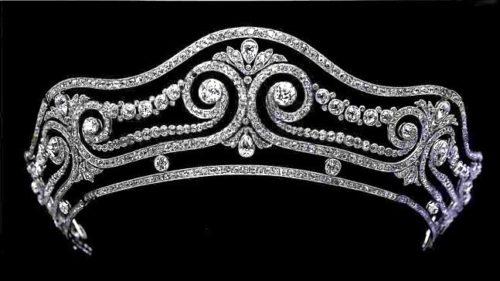 Tiara. Pear-shaped diamonds in foliate motifs nestle among the scrolls