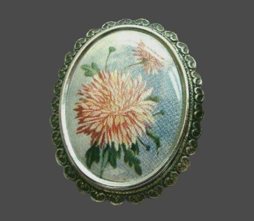 Dahlia brooch
