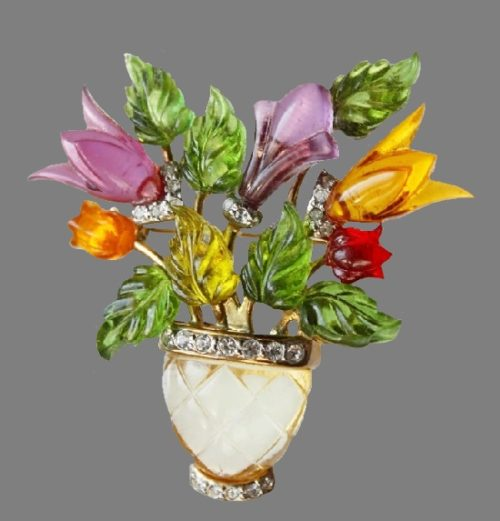 Flowers in a vase brooch. jewelry alloy, lucite, rhinestones. 5 cm. 1950s