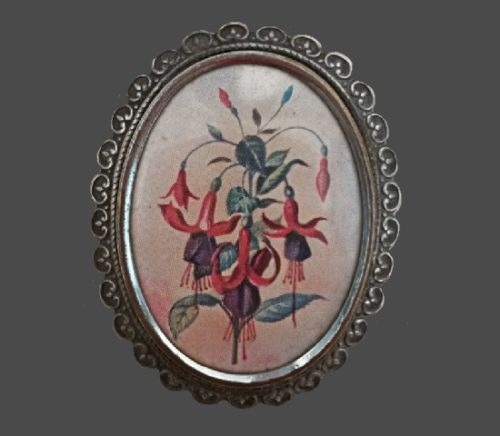 still life in the form of a bouquet of fuchsia, 20s. silver metal, black patina. 5 cm
