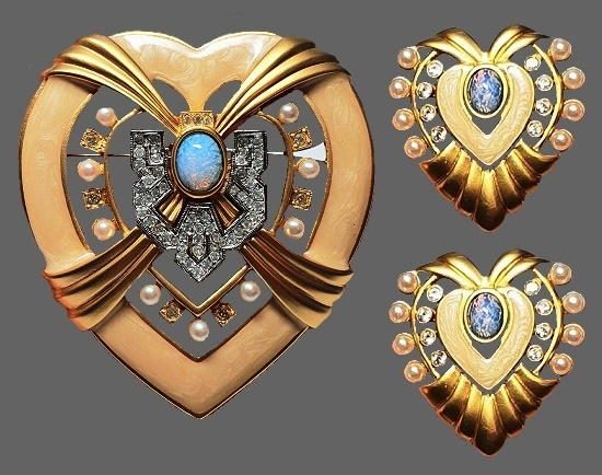 Heart of Hollywood brooch (7 cm) and clips (4 cm). 1970s