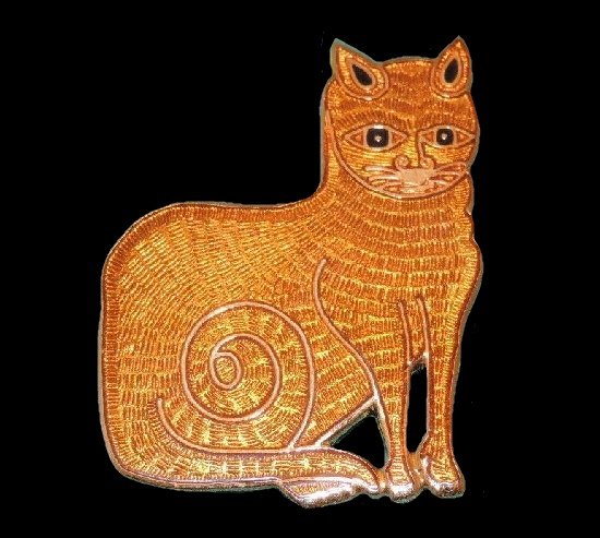 Orange Tabby Cat brooch by Fish Enterprises. Gold plated